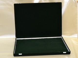 緑のベルベット収納ボックス