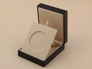 ノーベル賞用メダルケース