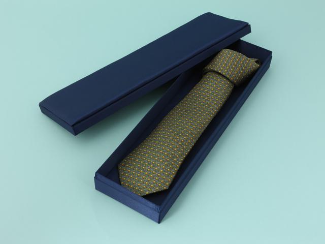 サテン貼ネクタイ入れ