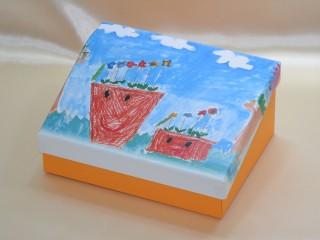思い出の子供の絵の箱