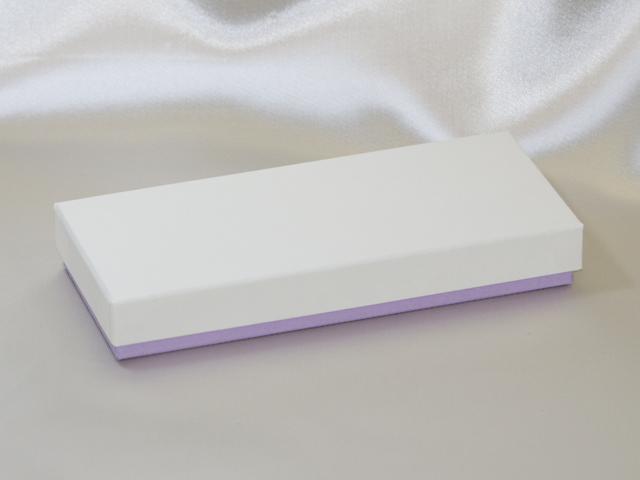 バレンタインデー用のチョコレート貼箱(薄)