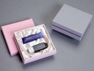 USBメモリーケース(紙製:正方形)