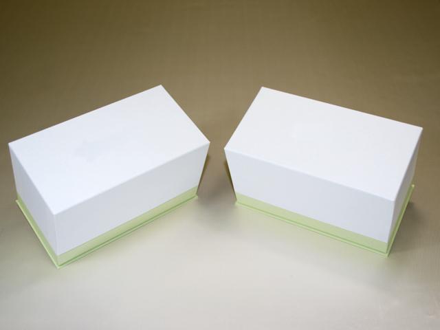バレンタイン向けパウンドケーキ用ケース